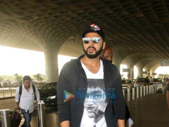 Deepika Padukone, Shraddha Kapoor, Arjun Kapoor and many more snapped at the airport