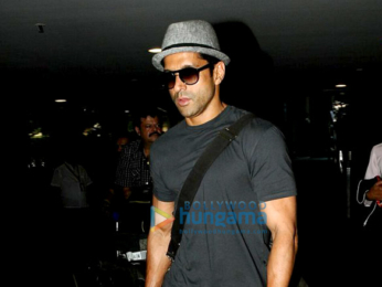 Farhan Akhtar snapped at the airport