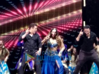 Salman Khan, Bipasha Basu & Akshay Kumar grace the finale 'Dabangg Tour Hungama' in Hong Kong