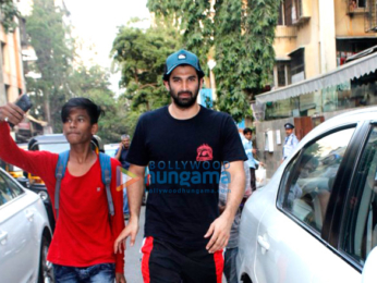 Aditya Roy Kapoor snapped at Indigo restaurant