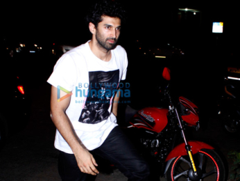 Aditya Roy Kapur and Parineeti Chopra visits Bastian for dinner