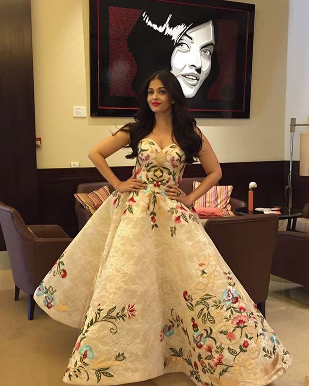Aishwarya Rai Bachchan looks regal in this floral gown at Cannes 2017-4