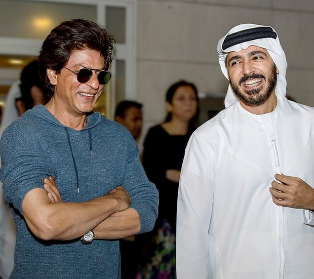 Check out Shah Rukh Khan has a fun time meeting CEO of Dubai Tourism and Marketing Issam Kazim-2