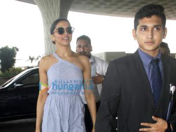 Deepika Padukone snapped on her way to Bangalore