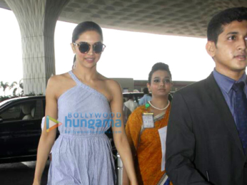 Deepika Padukone snapped on her way to Bangalore