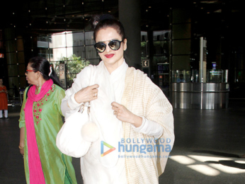 Kriti Sanon, Sushant Singh Rajput, Rekha, Parineeti Chopra & Sridevi snapped at the airport