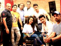 Neha Kakkar and Deep Mani record the song 'Talli Talli' for the film 'Veerey Ki Wedding'