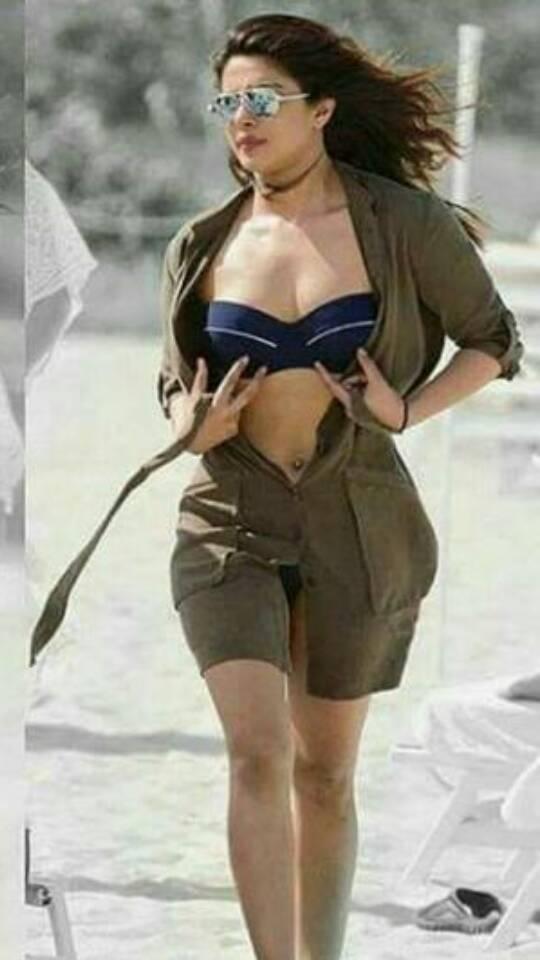 Priyanka Chopra flaunts her curves