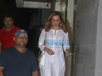 The gorgeous Iulia Vantur snapped in Khar