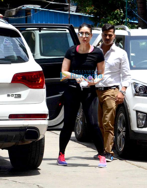 Kareena Kapoor Khan, Amrita Arora, Jahnavi Kapoor and others snapped post gym in Bandra