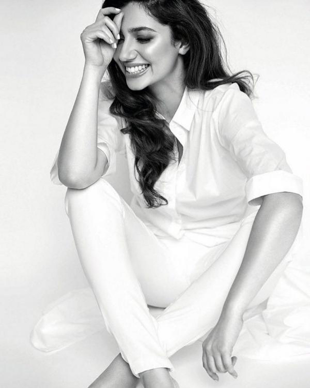 Check Out Mahira Khan Is A Vision In White On The Cover Of Vogue India Beauty Bollywood News Bollywood Hungama