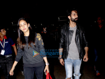 The hunky Shahid Kapoor and his wife Mira, Esha Deol and her husband Bharat snapped at the airport