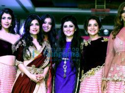 Ganesh Acharya, Archana Kochhar, Sandhya Shetty, Ankita Bhargav, Ishita Dutta, Piaa Bajpai, Alesia Raut and others at the finale of 'Mrs Bharat Icon 2017' at Sahara Star
