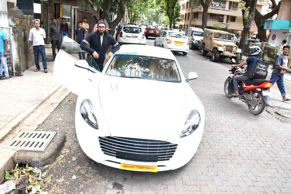 Ranveer Singh poses with his birthday present, Aston Martin