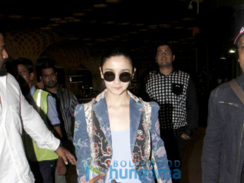 Alia Bhatt snapped at the airport