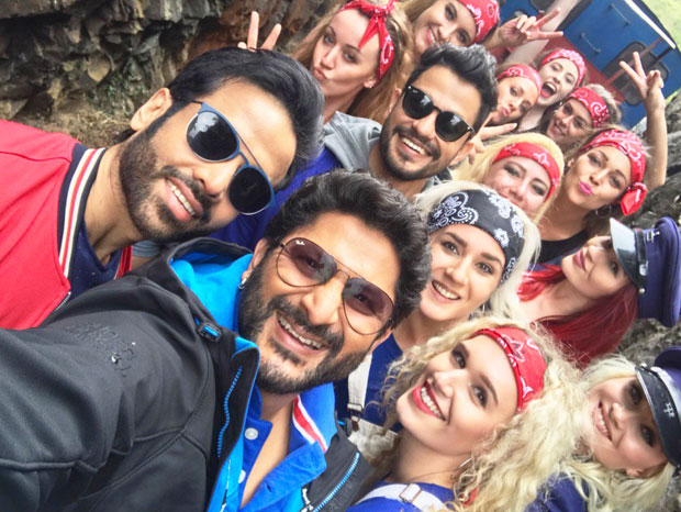 Arshad Warsi announces wrap up for Golmaal Again
