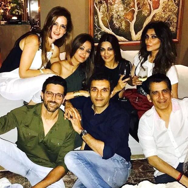 Check out Hrithik Roshan, Sussanne Khan, Sonali Bendre celebrate Gayatri Joshi and husband Vikas Oberoi's anniversary!