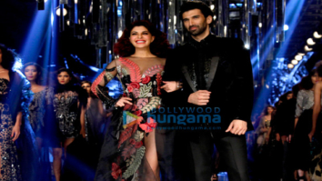 Jacqueline Fernandez & Aditya Roy Kapur walk for Manish Malhotra at Lakme Fashion Week 2017