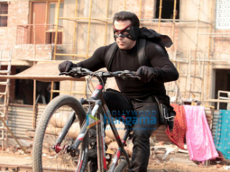 Kick Movie: Reviews | Songs | Music | Images | Official