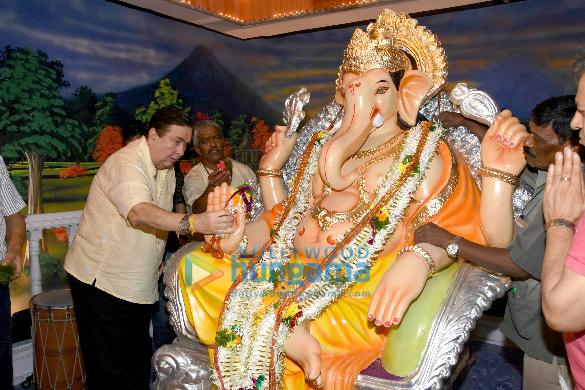 Randhir Kapoor, Krishna Raj Kapoor welcome Ganesha at R K Studio