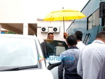 Sanjay Dutt snapped promoting his film Bhoomi
