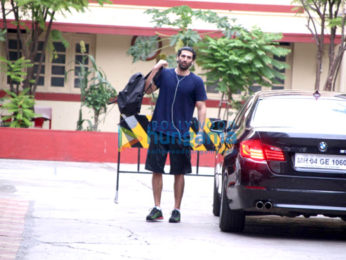 Aditya Roy Kapur snapped at the gym