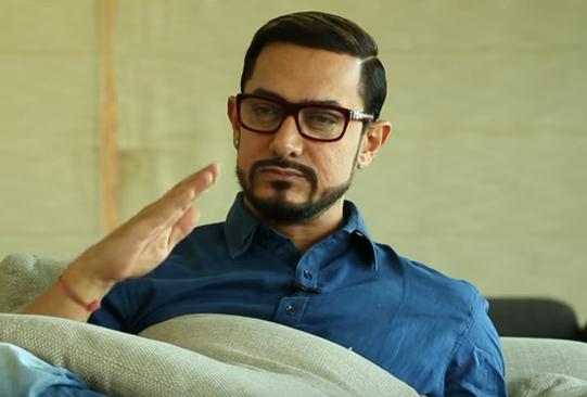 Must Watch Aamir Khans Look In Secret Superstar Bollywood Hungama