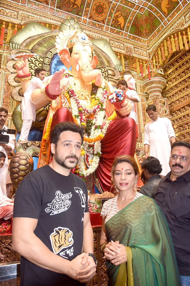 Check out Emraan Hashmi blessings of Lalbaugcha Raja ahead of Baadshaho release