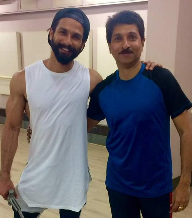 Check out Shahid Kapoor trains in sword fighting for Padmavati3