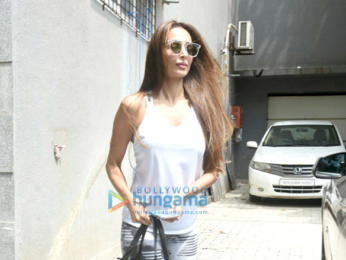 Malaika Arora snapped post salon session in Bandra