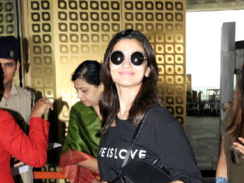 Alia Bhatt, her mother and Sunil Grover snapped at the airport