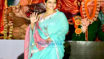Kajol kick starts her Navratri by attending the Durga pooja pandal