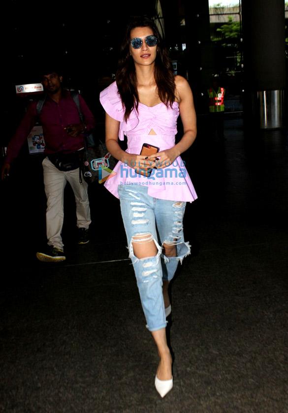 Kriti Sanon, Daisy Shah, Chitrangada Singh and others snapped at the airport