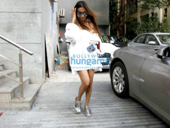 Malaika Arora snapped post a salon session in Bandra