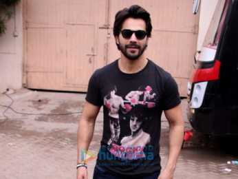 Varun Dhawan and Taapsee Pannu spotted at Mehboob Studio for 'Judwaa 2' interviews