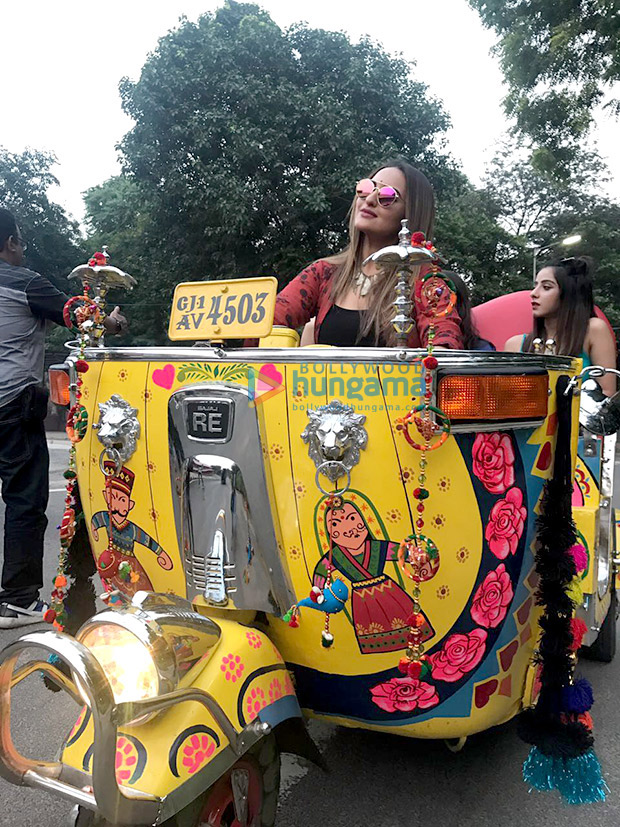 WOW! Here's how Sonakshi Sinha had fun whilst shooting in a rickshaw