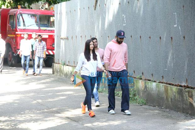 Aishwarya-Rai-Bachchan-and-Abhishek-Bachchan-rush-to-Bandra-after-fire-breaks-out-at-Le-Mer-building