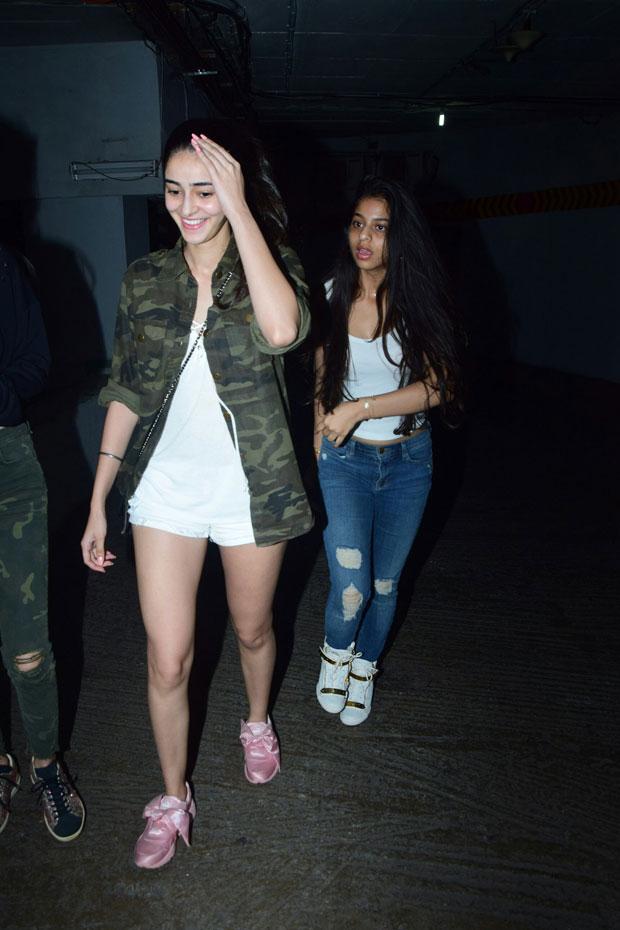 Girl gang Suhana Khan, Ananya Panday and Shanaya Kapoor enjoy a movie night-3