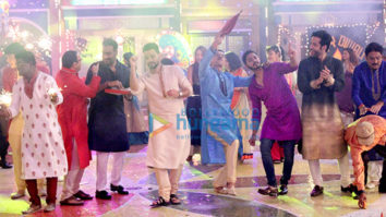 Team of Golmaal Again on the sets of 'Taarak Mehta Ka Ooltah Chashmah'