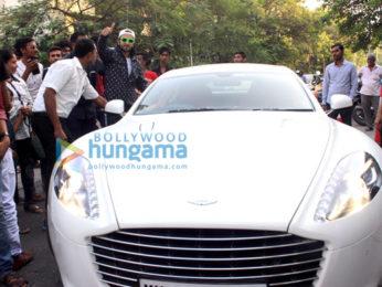 Ranveer Singh snapped in a fun mood in Mumbai
