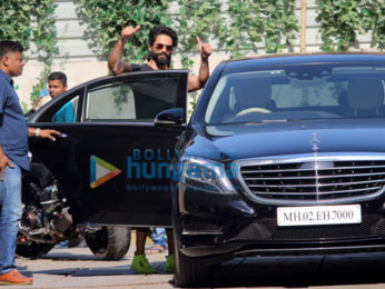 Shahid Kapoor snapped at gym