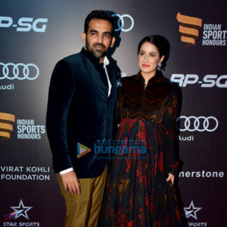 Aamir Khan, Virat Kohli and Anushka Sharma at Indian Sports Honours 2017 Awards