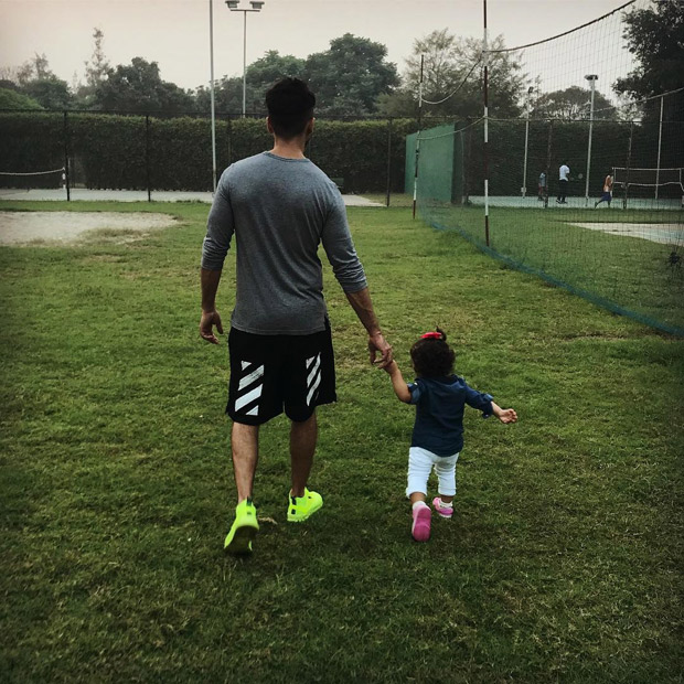 Check out Mira Rajput makes her Instagram debut with the cutest photo of Shahid Kapoor and daughter Misha