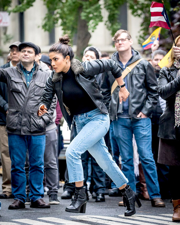 Check out Priyanka Chopra shoots a kidnapping scene for Quantico on the streets of NYC (4)