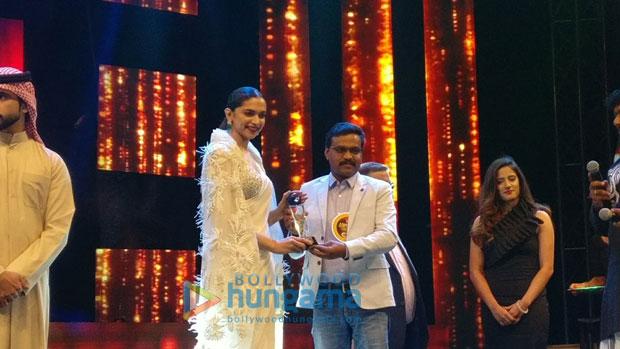 Deepika Padukone gets felicitated at Asiavision Movie Awards in Sharjah