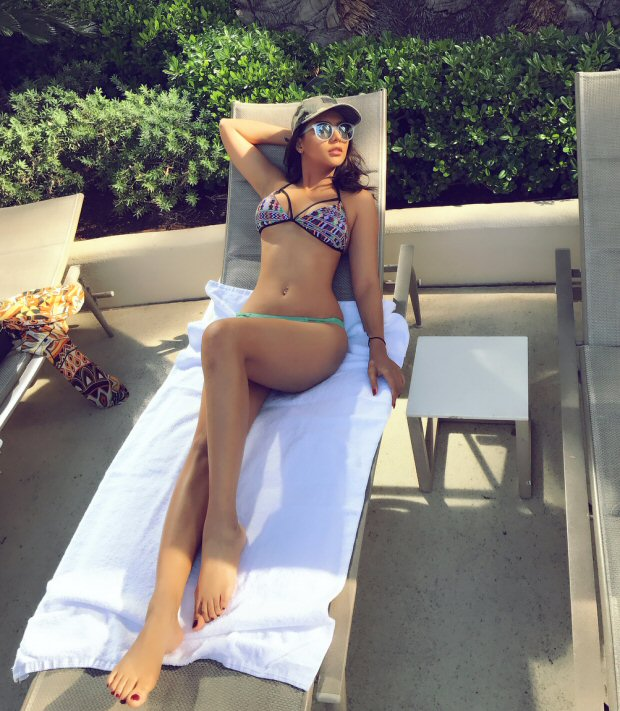 HOTNESS ALERT! These pictures prove that Ruhi Singh is an underrated sexy siren of Bollywood