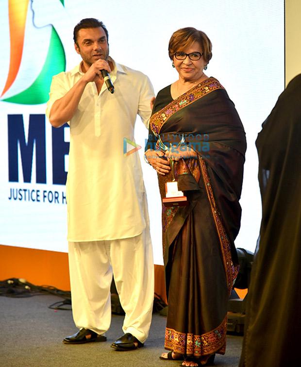 Huma Qureshi parties with girl gang Farah Khan and Sania Mirza, Sohail Khan and Bobby Deol party after Naaz awards (1)