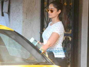 Ileana D'Cruz snapped in Mumbai
