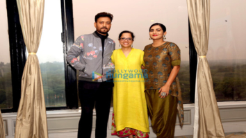 Irrfan Khan and Parvathy Thiruvothu at a Photoshoot and Press Meet for 'Qarib Qarib Singlle'
