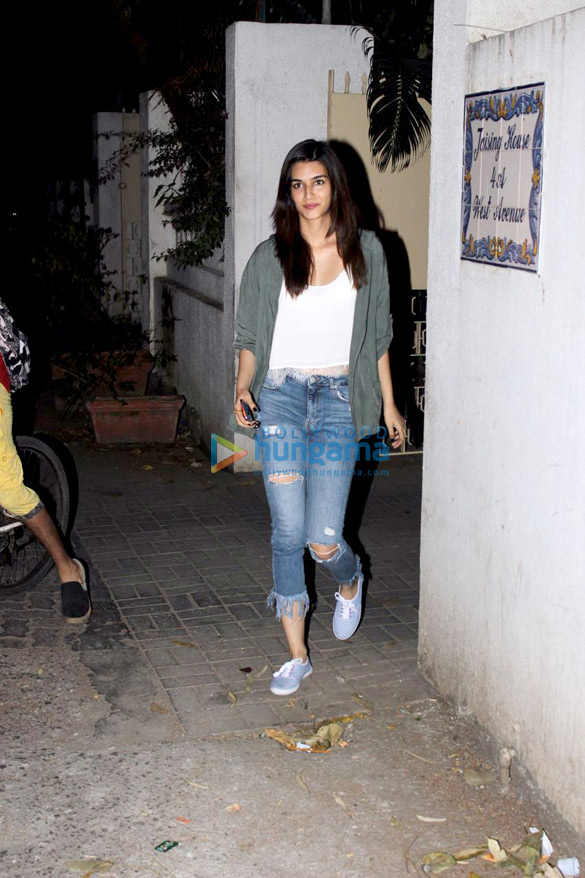 Kriti Sanon snapped in Bandra